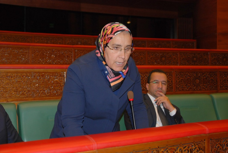 الأخت خديجة الزومي: الوضعية الصحية بالمغرب.. افتقاد الآليات وقلة الموارد وتردي البنيات