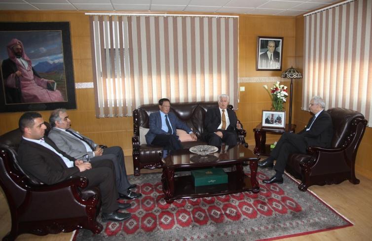 الأخ الأمين العام لحزب الاستقلال يستقبل السيد عباس زكي عضو حركة فتح الفلسطينية