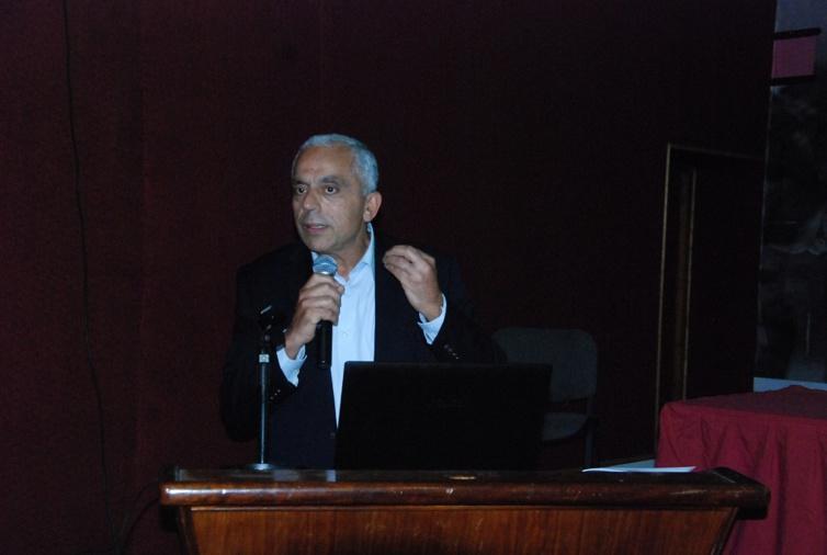 الأستاذ نزار بركة يشرف على تقديم مشروع النموذج التعادلي للتنمية البشرية المستدامة تفاعلا مع دعوة جلالة الملك