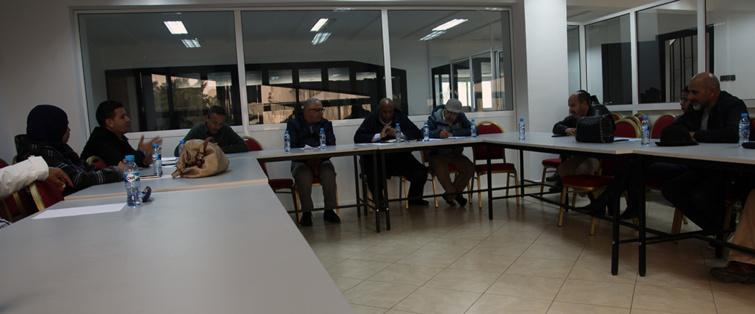 في اجتماع للمكتب التنفيذي و كتاب فروع الجامعة الوطنية لموظفي وأعوان وزارة الشباب والرياضة
