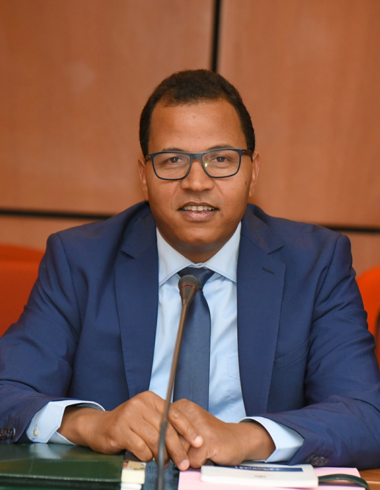 الاخ عمر عباسي : استمرار الحكومة في تعطيل تشكيل المؤسسات الدستورية