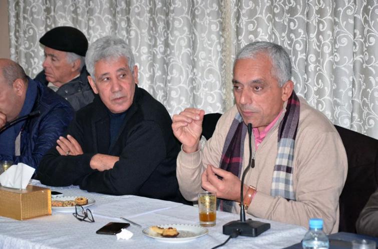 الأخ عبد اللطيف معزوز يؤطر لقاء تواصليا لرابطة الاقتصاديين الاستقلاليين بمكناس