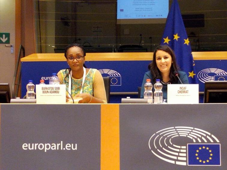 الأخت إنصاف الشراط تشارك في فعاليات الأسبوع الأوروبي للشباب ببروكسيل