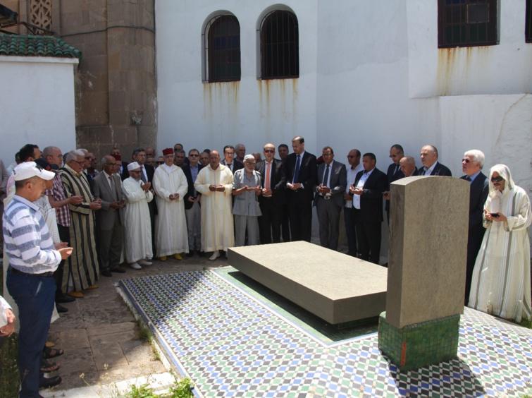 وفد استقلالي برئاسة الأخ نزار بركة يترحم على الروح الطاهرة لزعيم التحرير علال الفاسي