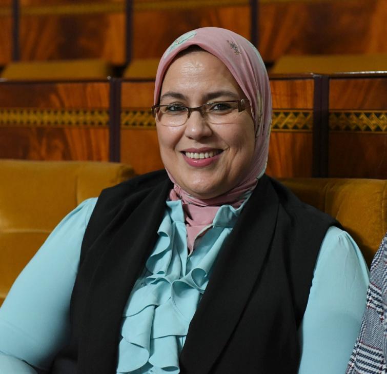 الأخت زينب قيوح : الدعوة إلى فتح تحقيق في صفقات التغذية بمستشفيات تارودانت