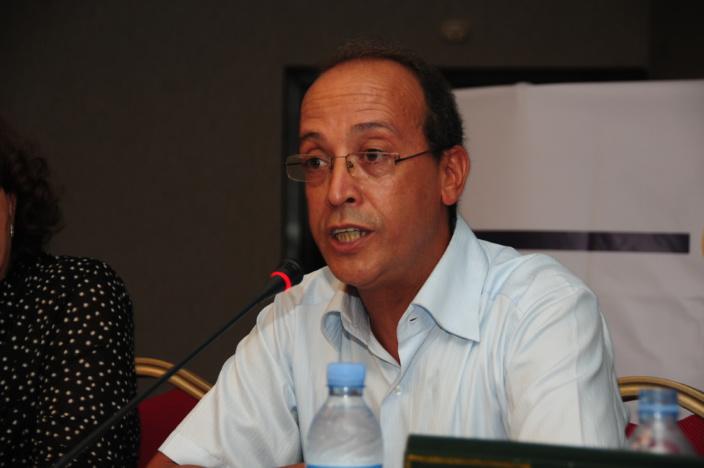 لم يكن علال الفاسي زعيماً سياسيا بالأفق المحدود للجماعة الحزبية، بل كان رمزاً لجيل : عبد العزيز كوكاس