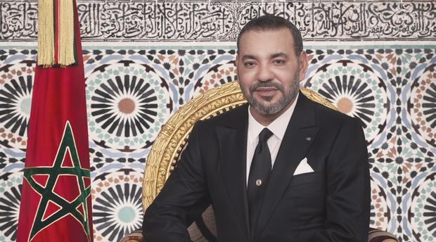 """جلالة الملك محمد السادس خلال توجيه الأمر اليومي للقوات المسلحة الملكية.. يُنوّه بدور الجيش في مراقبة الحدود الشرقية ويؤكد """"دحرتم المناورات البائسة لأعداء وحدتنا الترابية"""""""