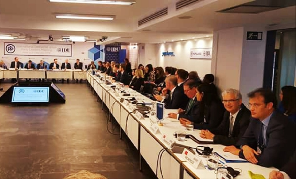 حضور وازن للأمين العام لحزب الاستقلال في اجتماع الاتحاد الديمقراطي الدولي بمدريد
