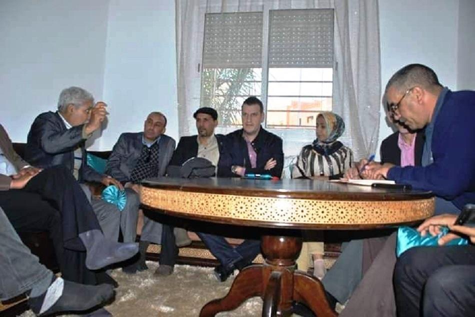 البرلماني طارق القاديري في لقاء مع  تنسيقية الجمعيات  المدنية بالكارة