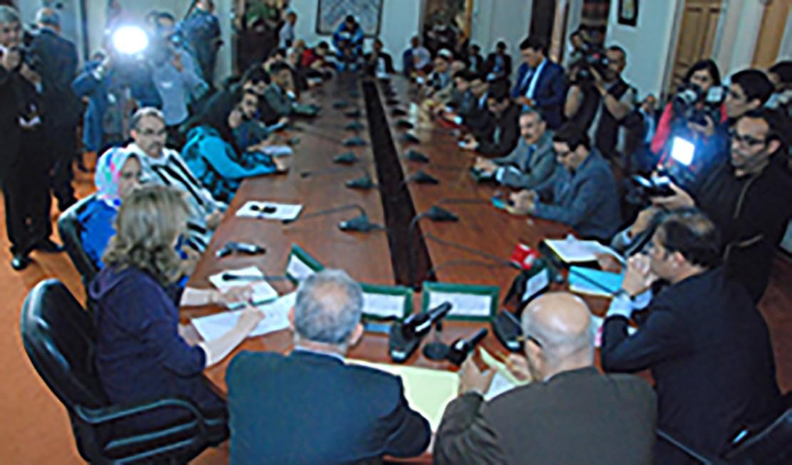 نص المذكرة التي رفعها الفريق الاستقلالي بالبرلمان إلى رئيس الحكومة من أجل مراجعة قانون مالية 2018