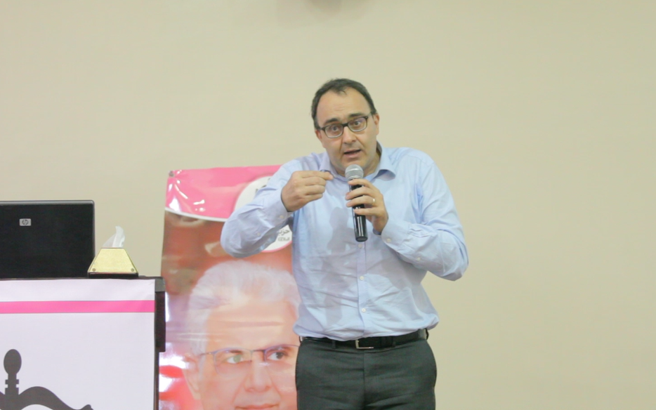 الأخ كريم غلاب: حزب الاستقلال يلح على جعل الطبقة الوسطى أولوية وطنية بالنموذج التنموي الجديد