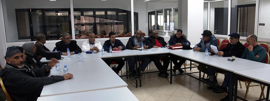 في لقاء تنسيقي أولي للنقابات الفاعلة في قطاع الشباب والرياضة