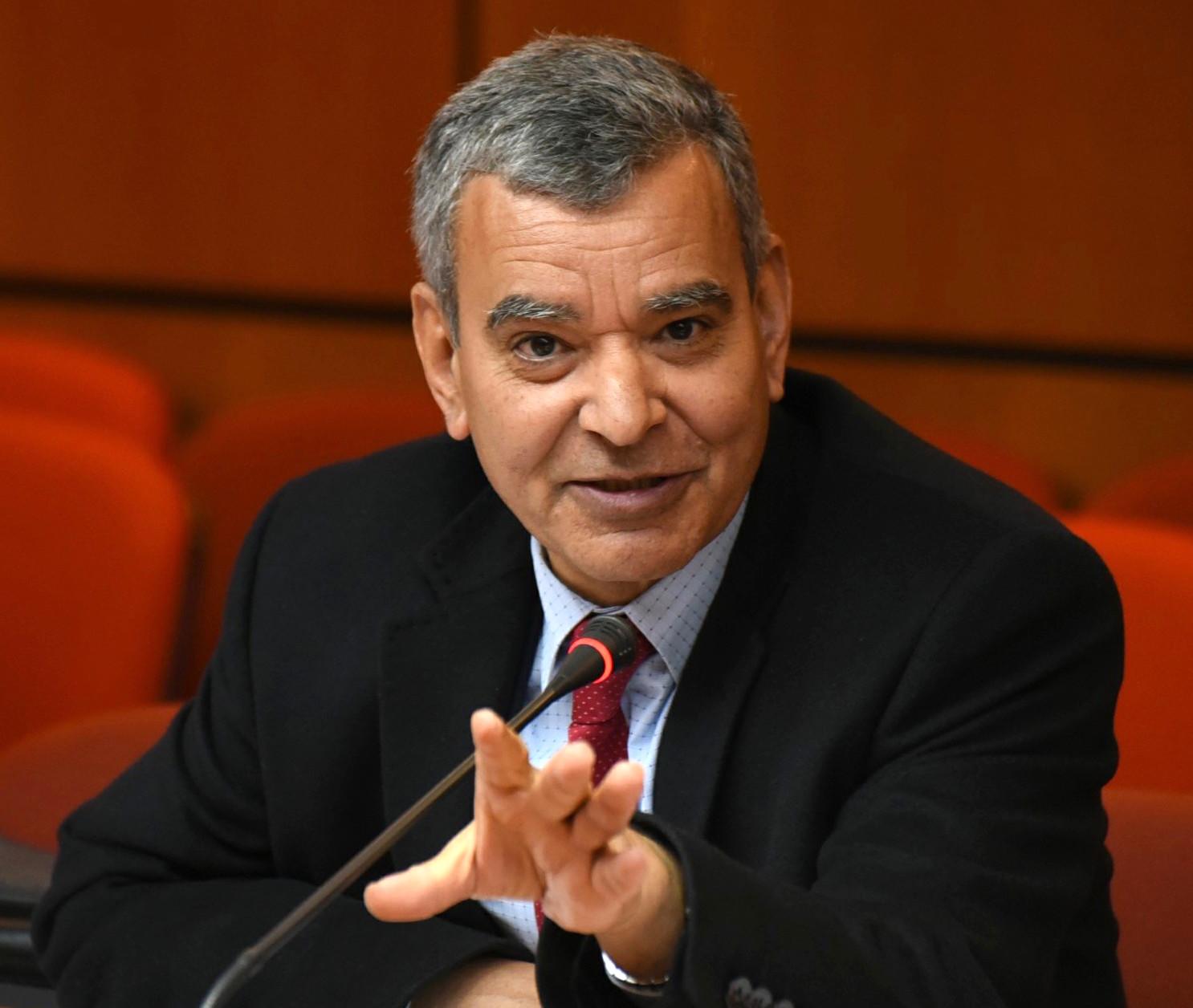 الأخ أحمد التومي : إنشاء وحدات إنتاجية بالعالم القروي يتطلب جيلا جديدا من الطاقة
