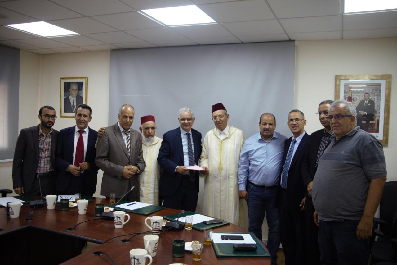 الأخ نزار بركة الأمين العام لحزب الاستقلال يستقبل النقابة الوطنية لعدول المغرب