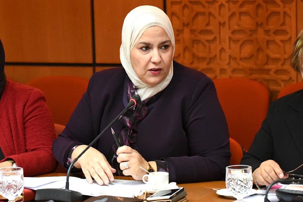 الأخت زينب قيوح : المطالبة بحلول عاجلة لمعاناة فلاحي جهة سوس بسبب تدني أثمنة بعض المنتوجات