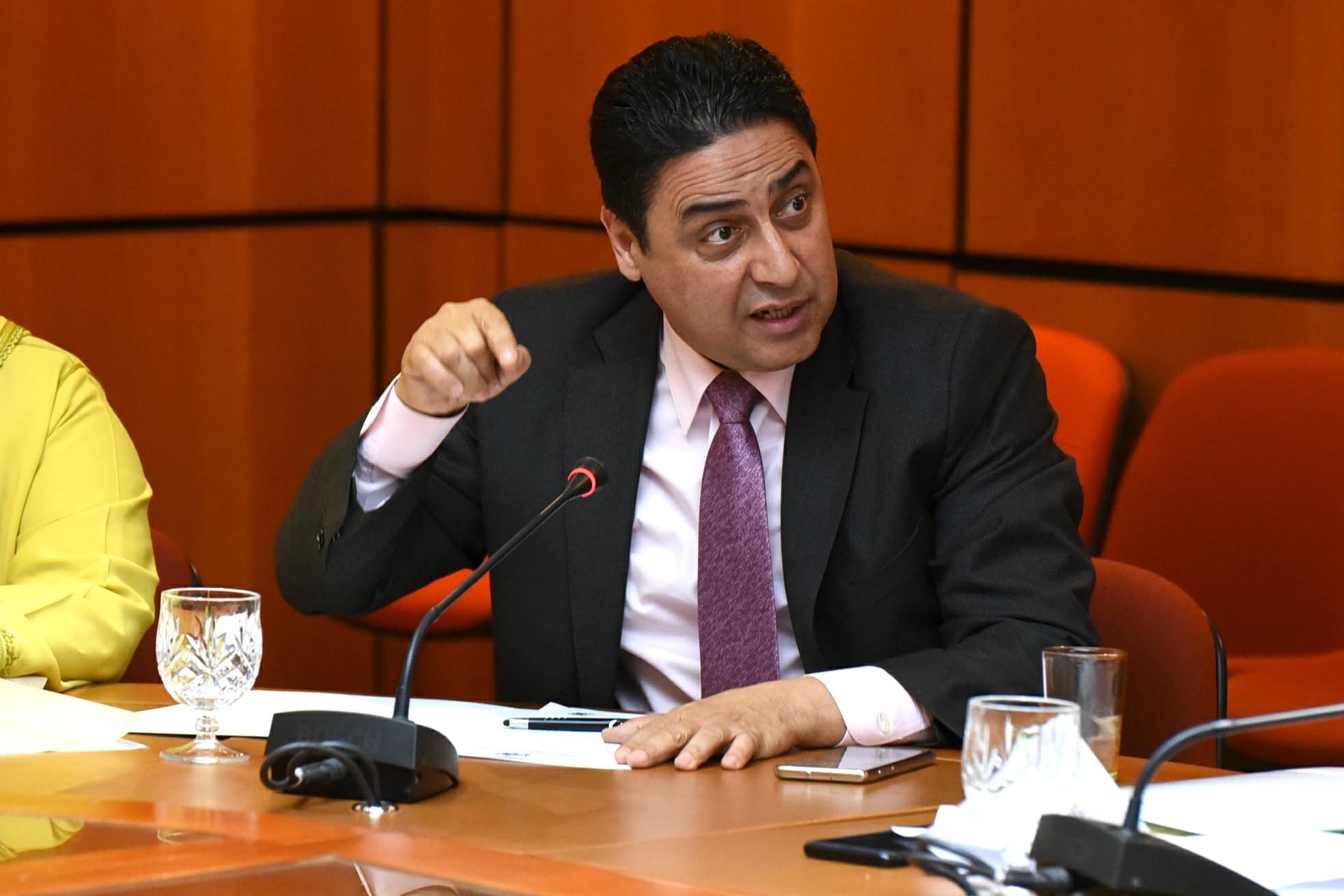 الأخ عمر حجيرة : مأسسة مراقبة المنتجات الصحية ضرورة لحماية صحة المواطنين