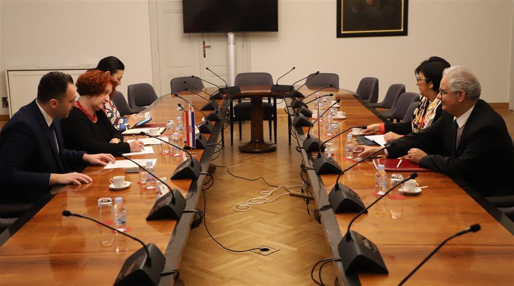 مشاركة متميزة لوفد حزب الاستقلال برئاسة الأخ نزار بركة في أشغال مؤتمر الحزب الشعبي الأوروبي بالعاصمة الكرواتية زغرب
