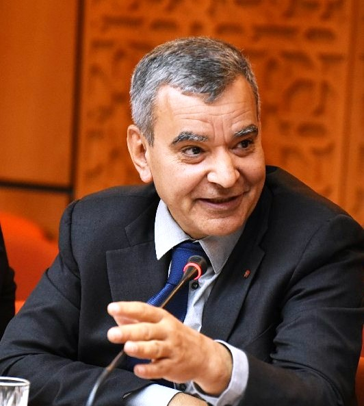 الأخ أحمد التومي:  الحكومة مطابلة  باتخاذ إجراءات مواكبة لصالح شركات  المساهمة والنسيج الاقتصادي الوطني في ظل حلة الطوارئ الصحية