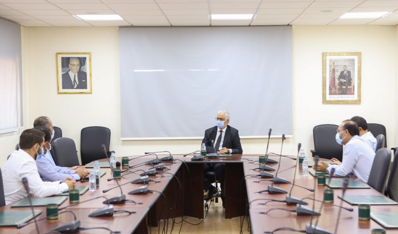 الأخ نزار بركة خلال استقباله لربابنة طائرات الخطوط الملكية المغربية يؤكد على أهمية إنقاذ الشركة واحترام حقوق مستخدميها