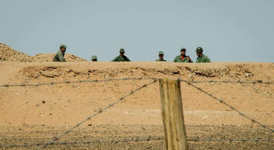 في تدخل ميداني مسؤول.. القوات المسلحة الملكية تقيم حزاما أمنيا لتأمين تدفق السلع والأفراد عبر المنطقة العازلة للكركرات