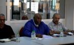 في اجتماع لأعضاء المكتب التنفيذي وكتاب  فروع  الجامعة الوطنية لموظفي وأعوان الشبيبة والرياضة