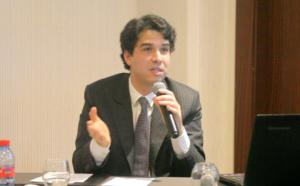 عبد المجيد الفاسي : قانون المالية الحالي يترجم نظرة الحكومة القاصرة للشباب