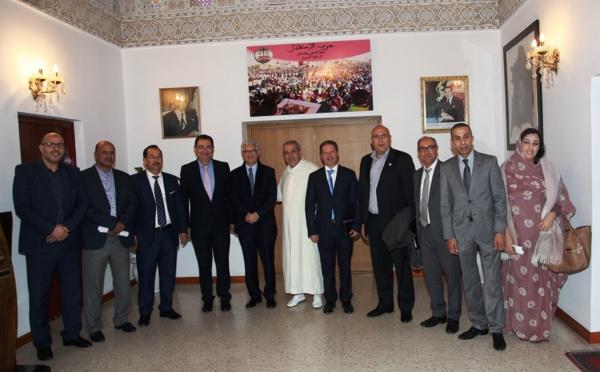 الأخ نزار بركة يستقبل رئيس وأعضاء المكتب التنفيذي للجمعية المغربية لرؤساء مجالس الجماعات
