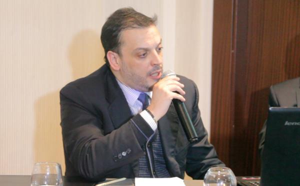 ابراهيم ولد الرشيد : قانون المالية يرصد تدابير تضعف الطبقة الوسطى عوض تقوية قدرتها الشرائية