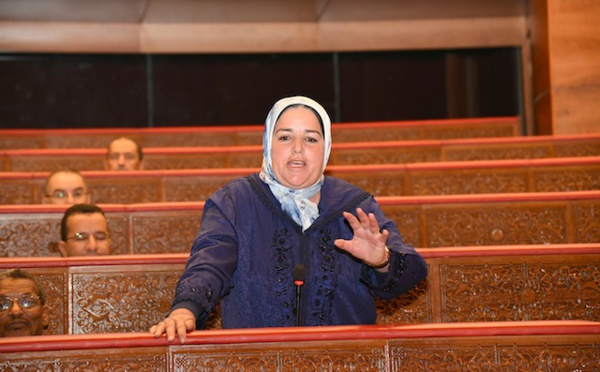 فاطمة عميري : افتقار المراكز الصحية بالعالم القروي للأطباء والممرضين والأدوية