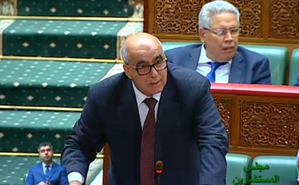 عبد السلام اللبار : تسريح العديد من العمال العاملين بمقالع الرمال والمعامل بدائرة أكوراي