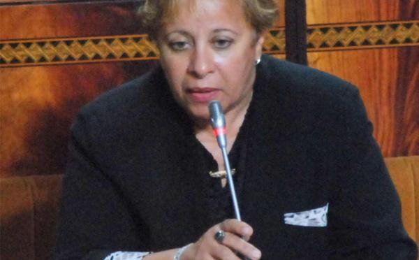 الأخت عبلة بوزكري حول الاستراتيجيات القطاعية في مجال التصنيع