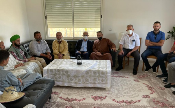 الأخ نزار بركة يقدم واجب العزاء والمواساة في وفاة والدة الأخ عبد الله هيشو المفتش الإقليمي للحزب بإقليم الفحص أنجرة
