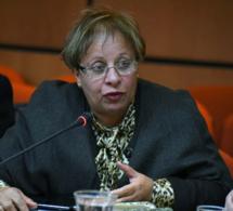 الأخت عبلة بوزكري في مناقشة الميزانيات الفرعية للخارجية والدفاع الوطني وقطاعات أخرى
