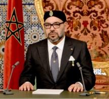 جلالة الملك محمد السادس  يجري عملية جراحية ناجحة