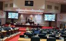 البرلمان الإفريقي يصادق على تقرير عن حالة السلم والأمن في القارة الإفريقية لا يتضمن أي إشارة للنزاع المفتعل حول الصحراء المغربية
